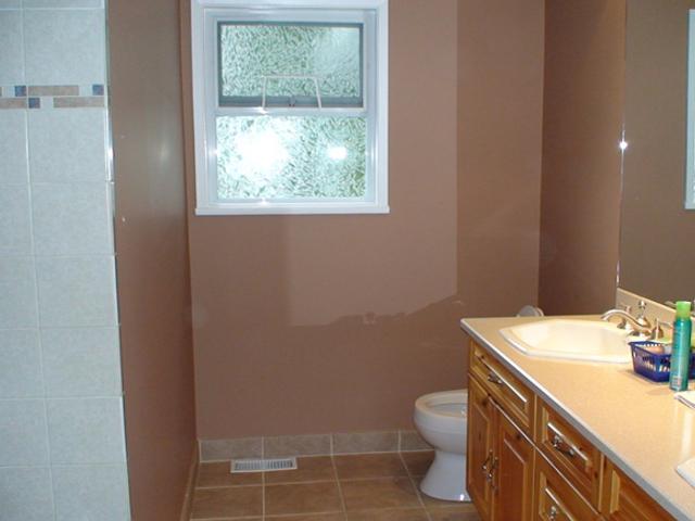 Coquitlam-residential interior painting – washroom