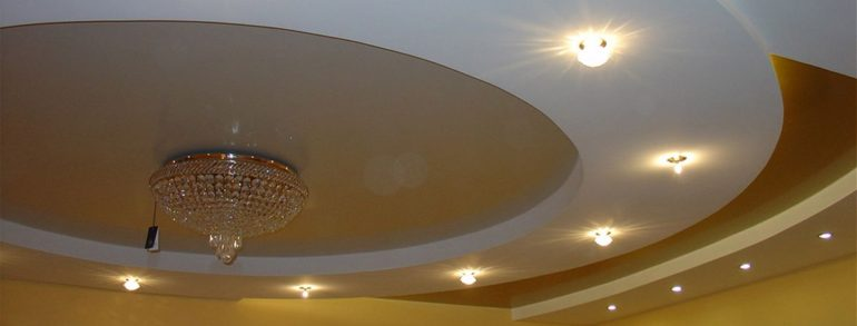 Which ceiling is better: stretch or drywall?
