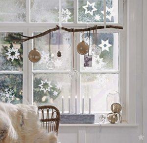 Christmas decor: snowflakes
