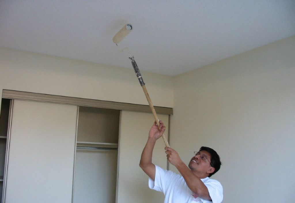 Painting drywall on the ceiling