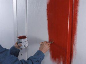 How to paint the door