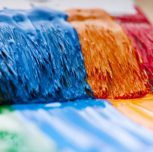 Can I painting with acrylic paint on oil paint?