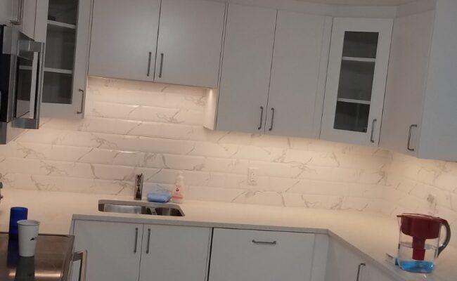 Snow-white kitchen-1