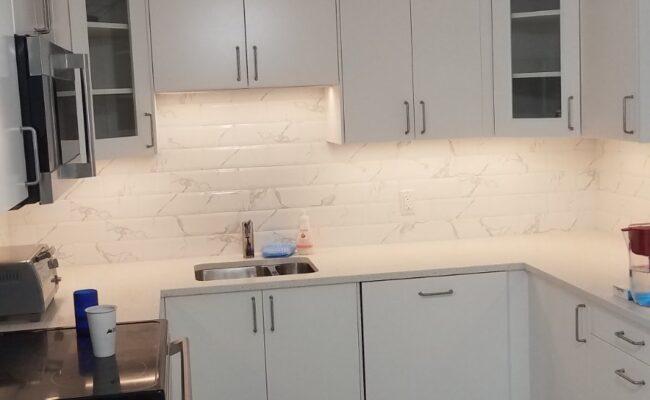 Snow-white kitchen-5