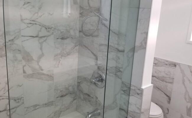 bathroom-at-burnaby-1