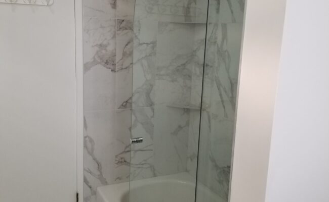 bathroom-at-burnaby-3